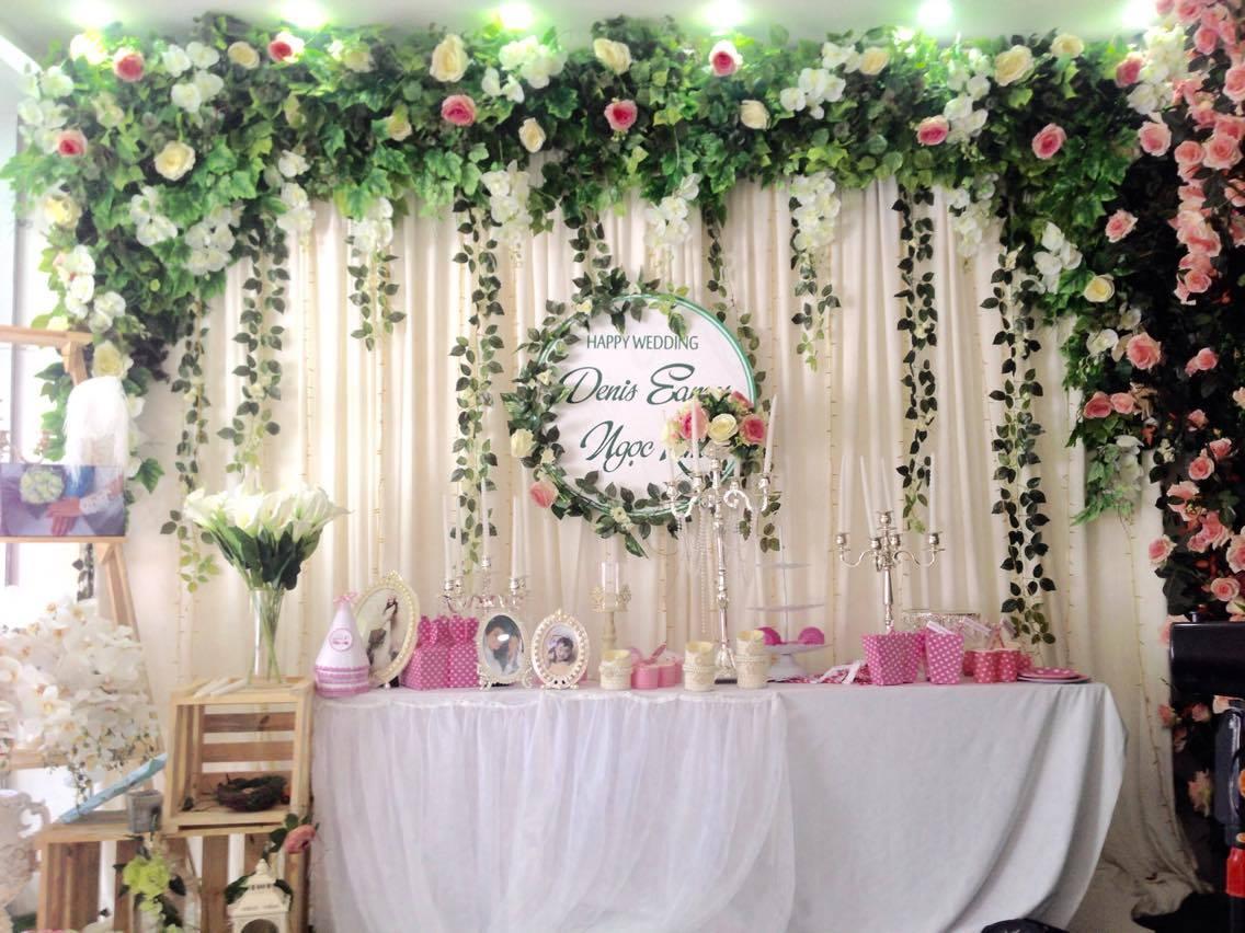 Mẫu sân khấu đám cưới phổ biến